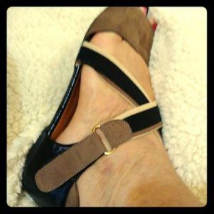 Waman shoes
